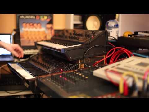 Yamaha CS5 x 2 + Roland TR 727 + Cactus Desert Drums