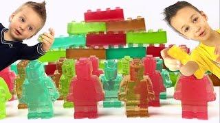 Как сделать мармеладные конфеты в форме LEGO Желейные Лего фигурки и блоки Видео для детей