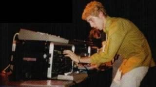 Daft Punk - Live @ Tribal Gathering, Luton, UK 1996 part 3 - Rollin