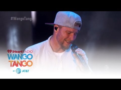 Backstreet Boys - Don't Go Breaking My Heart (Live at Wango Tango 2018)