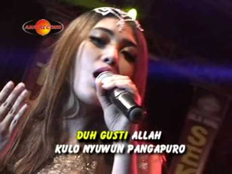 Via Vallen - Kelayung-layung (Official Music Video) - Aini Record