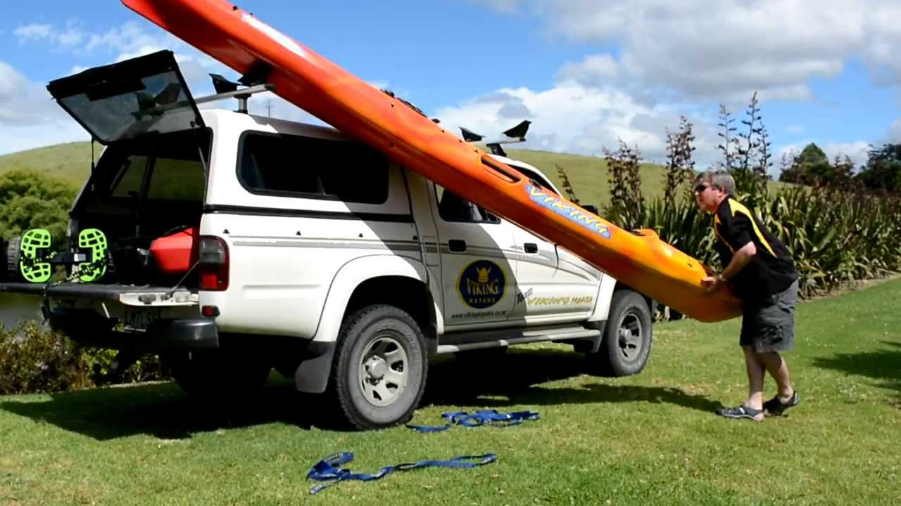 How to load unload your kayak on a roof rack Viking