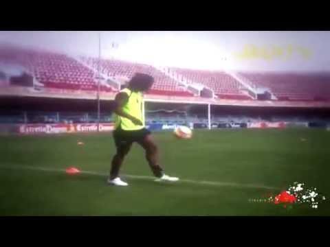 Download Ronaldinho ● Freestyle ● Crazy Tricks   YouTube