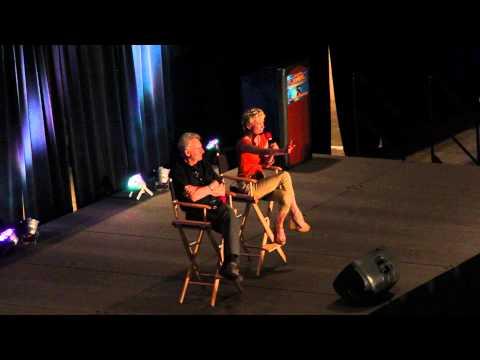 René Auberjonois (Odo) and Nana Visitor (Kira Nerys) at Star Trek Convention Boston 2013 1/2