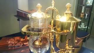 Une étrange Machine à Café en OR ! ! ! . . . 19.000 € . . . à Top Marques Monaco 2018