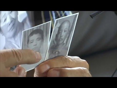 كوريون جنوبيون يلتقون أقاربهم العالقين في الشطر الشمالي لأول وآخر مرة …  - 13:21-2018 / 8 / 19