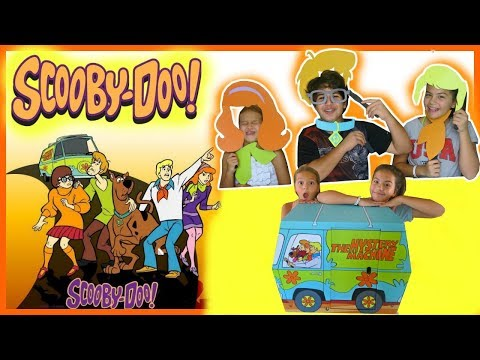 UNBOXING THE SCOOBY-DOO MYSTERY MACHINE | REVIEW \SISTER FOREVER