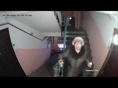 Соседи, запись с камеры видеонаблюдения. Смотреть всем) !!!