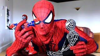 Spiderman Vs Venom! Real Life SuperHero Battle! Action Figure Fight!