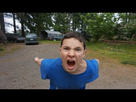 Thumbnail: Kid rages over Clash of Clans