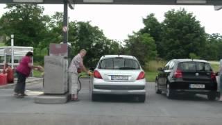 Очередная поездка в Францию.(Поездка на заправку,контроль на границе., 2012-07-01T14:09:46.000Z)
