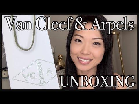 VCA | Van Cleef & Arpels UNBOXING | VINTAGE ALHAMBRA vs. SWEET ALHAMBRA Comparison | GINALVOE