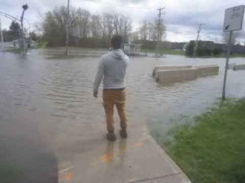 Montreal Island Flooding 3 - May 7, 2017
