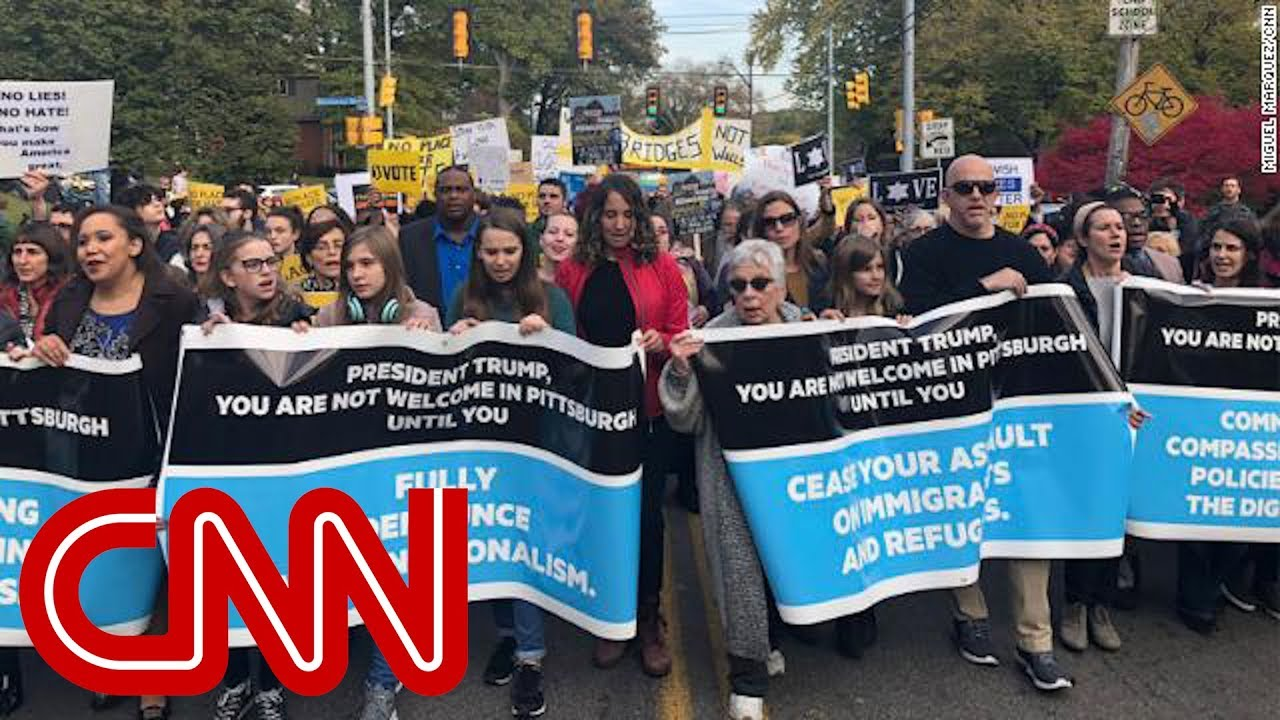Protesters denounce Trump's Pittsburgh visit - YouTube