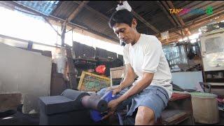Video Industri Kreatif Sendal Limbah Kota Tangerang [Tangerang TV] download MP3, 3GP, MP4, WEBM, AVI, FLV November 2018