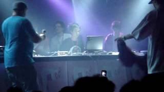 Daft Punk mixed by Surkin @ Alors les filles, on fête noël ?