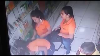 Camaçari Notícias - Loja de eletrônicos é assaltada no centro de Camaçari