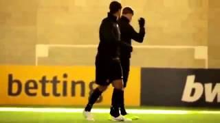 Bwin's Blindfolded Challenge, Yorke & Cole vs Rooney, Welbeck & Hernandez .