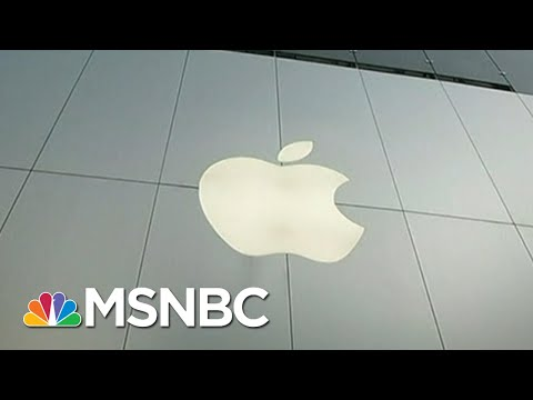 Apple Becomes First Publicly Traded Company To Hit $1 Trillion | Velshi & Ruhle | MSNBC
