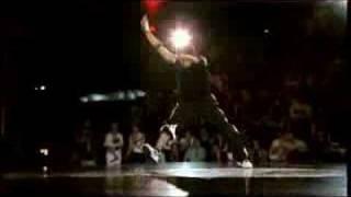 Hong 10 vs. Kaku - Red Bull BC One 2006