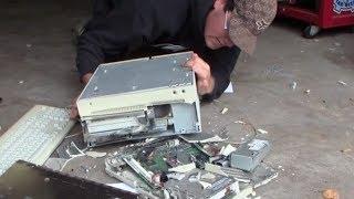 Destroy Vintage Apple Computers