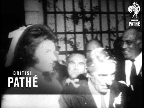 Jacqueline Kennedy Weds Onassis 1968