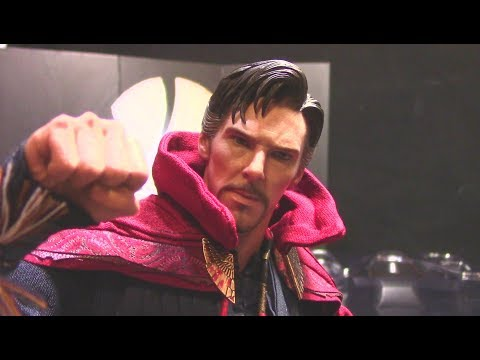 Hot Toys Doctor Strange 1/6th Figure Review