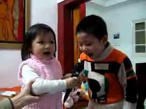 AAMV hat karaoke Chau Yeu Ba