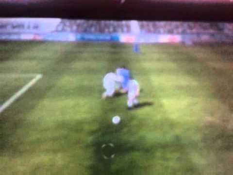 El balón que corría solo (FIFA 13 Nintendo 3ds)