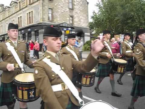 Black Watch Pipes and drums at Pitlochry 14 September 2013 ...