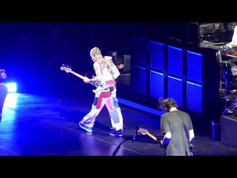 Red Hot Chili Peppers - Calgary May 29, 2017