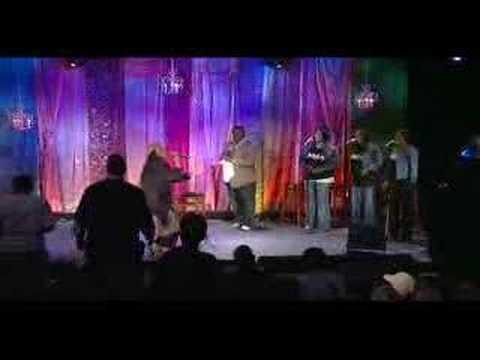 Dr. Juanita Bynum (Feat. Myron Williams) - A Change