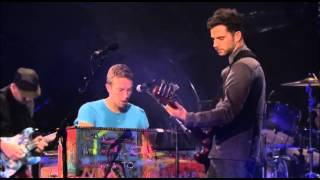 Coldplay - POLITIK (Live Performances)