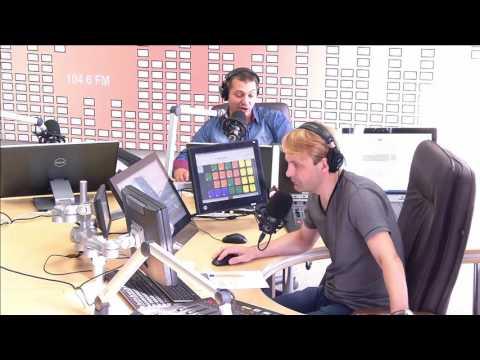 Слушать радио онлайн. Все FM радиостанции Москвы.