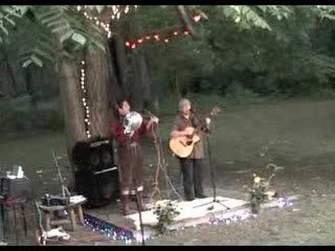 Ferron and Bitch play Misty Mountain @ the Fen pt 1