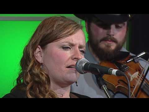 EDMONTON UNPLUGGED   DERINA HARVEY BAND