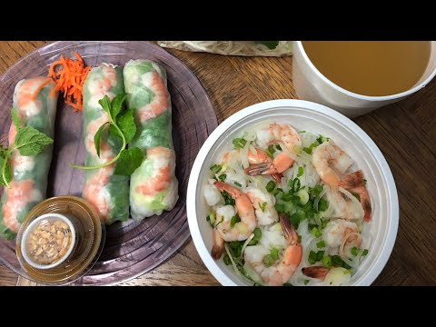 TRYING PHO & SUMMER ROLLS FOR THE FIRST TIME!!! (VIETNAMESE FOOD)