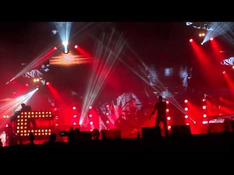 Chase and Status - Flashing Lights - Glastonbury Festival 2013