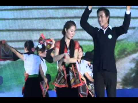 múa điệu xòe dân tộc thái sơn la 2012