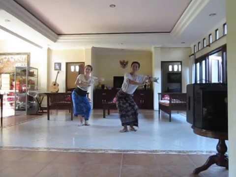 Tari Sekar Jagat for Balinese Dance Practice