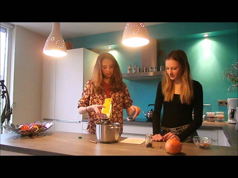 Kochshow Duits Kira & Pia 2V2 - YouTube | {Kochshow 52}