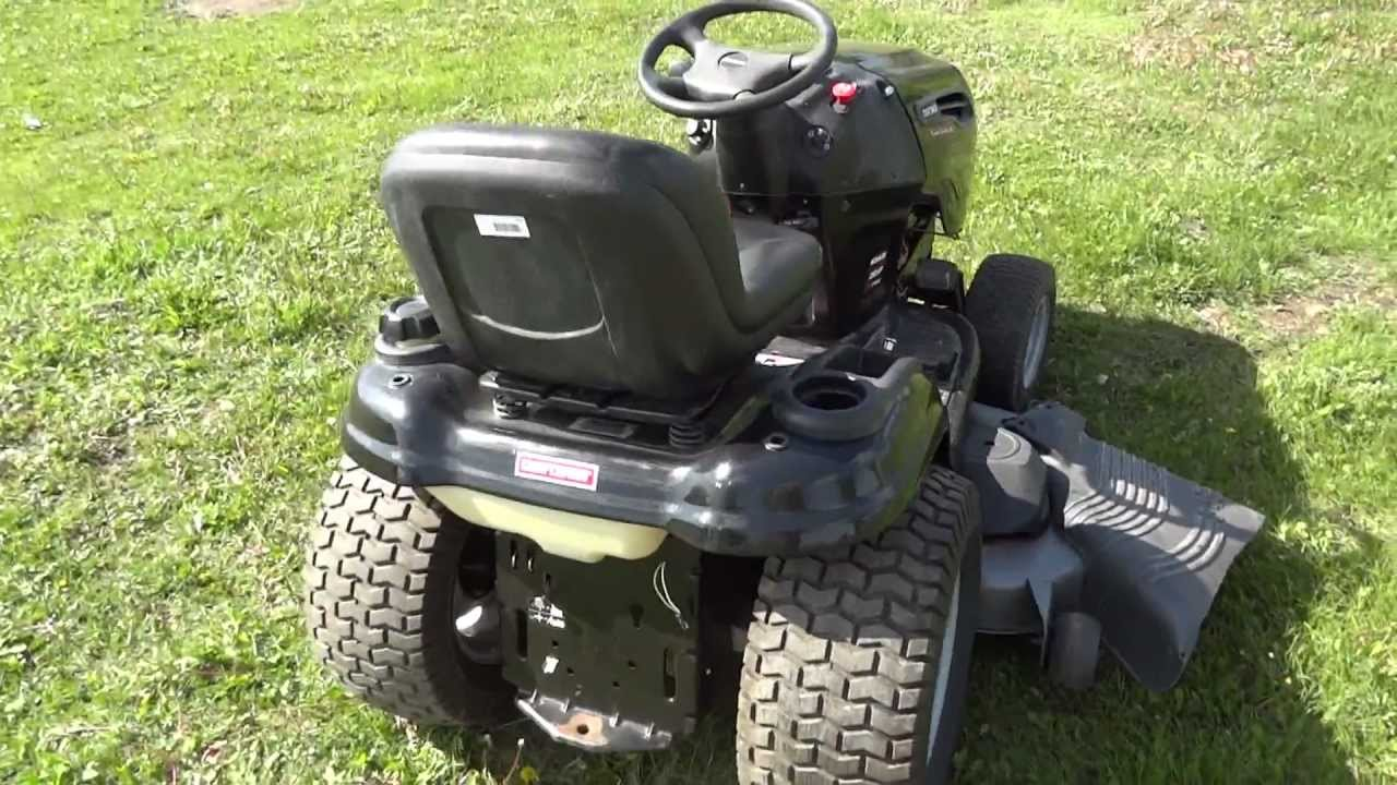 At Auction Craftsman Dgs 6500 Hydrostatic Lawn Mower With 26 Hp Motor 54 Deck