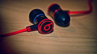 Monster iBeats (Beats By Dre) Review w/ Control Talk