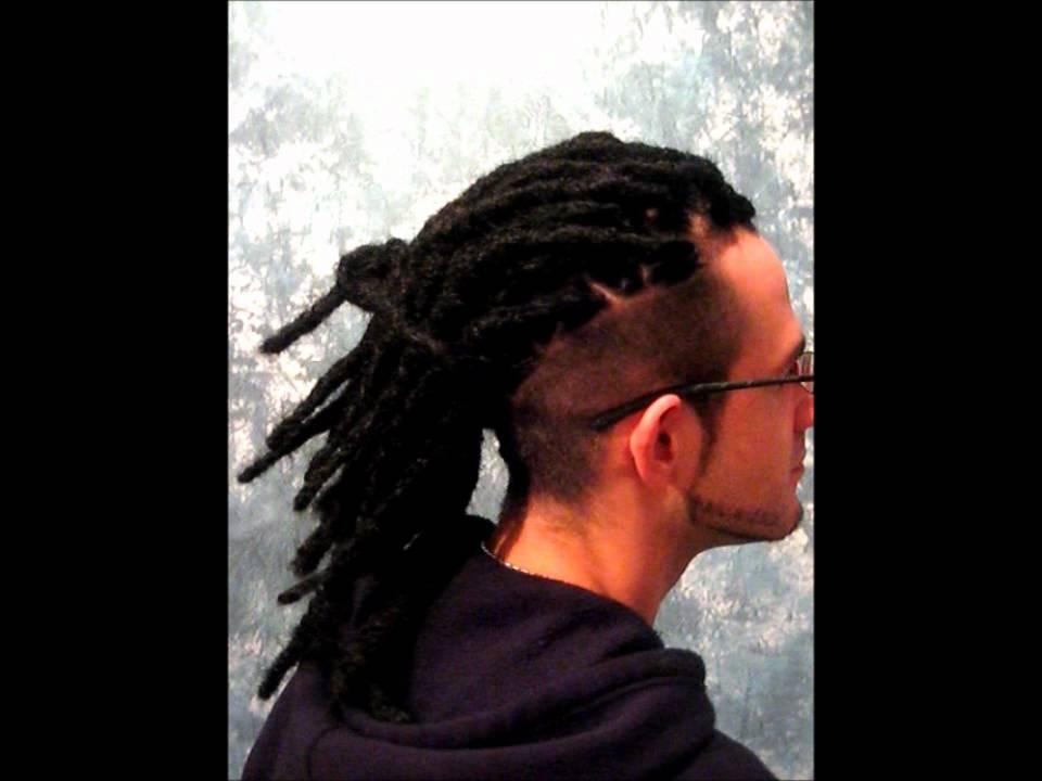 Dreadlocks F 252 R Sehr Kurzes Glattes Haar Mit Undercut