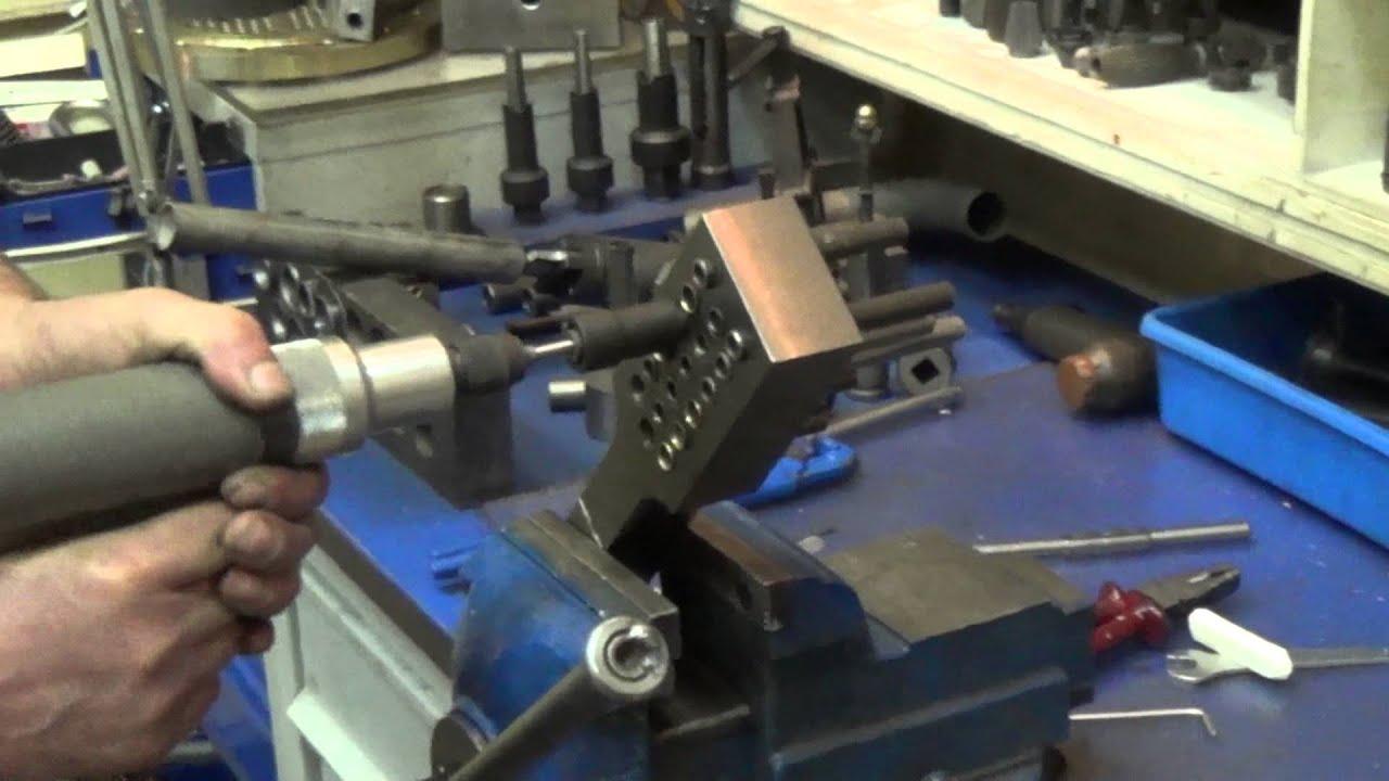 Изготовление раскрыва фланца 160 трубы - YouTube