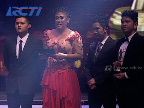 Ayu Ting Ting 'Sik Asik' - Artis Solo Wanita Dangdut Kontemporer - AMI 2013