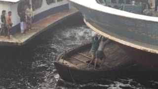 Crazy boat terminal in Bangladesh thumbnail