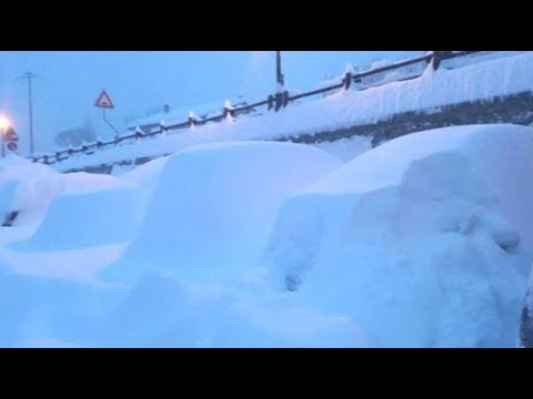UK Rare Heavy Snow London & 120 MPH Snowstorms Spawning Snow Devils (493)