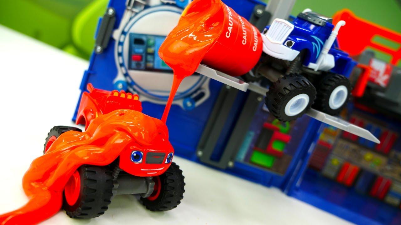 Мультики для детей про машинки, как Крушила привез машинке Вспыш новое КРУТОЕ топливо. МАШИНКИ гонки