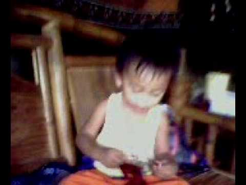 baby justin lunch time with my brod jop and bong